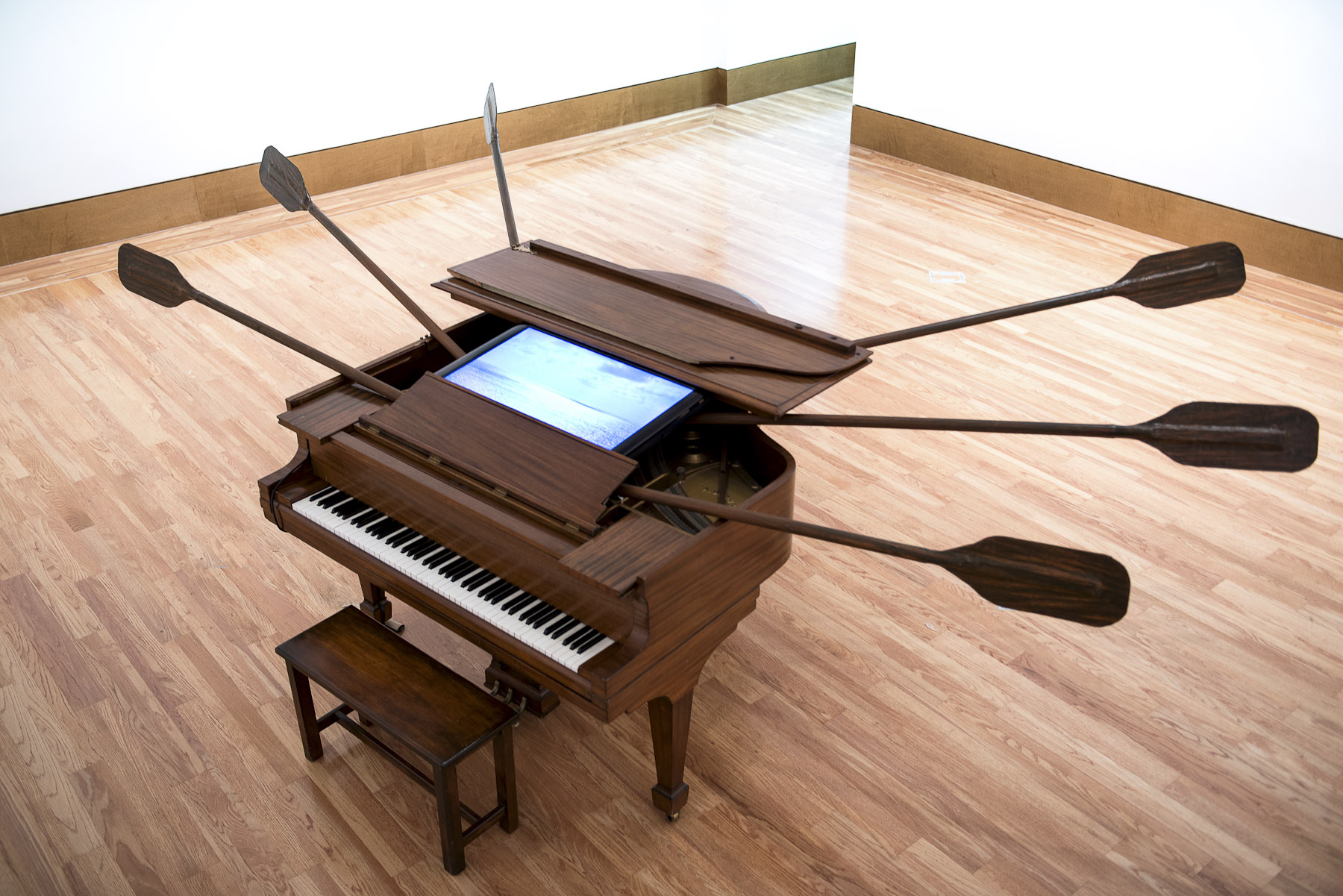 Escape. 2013. Installation with piano wooden, oars and video monitor. Dimensions variable. The Paricia & Philip Frost Museum. Miami, Fl.